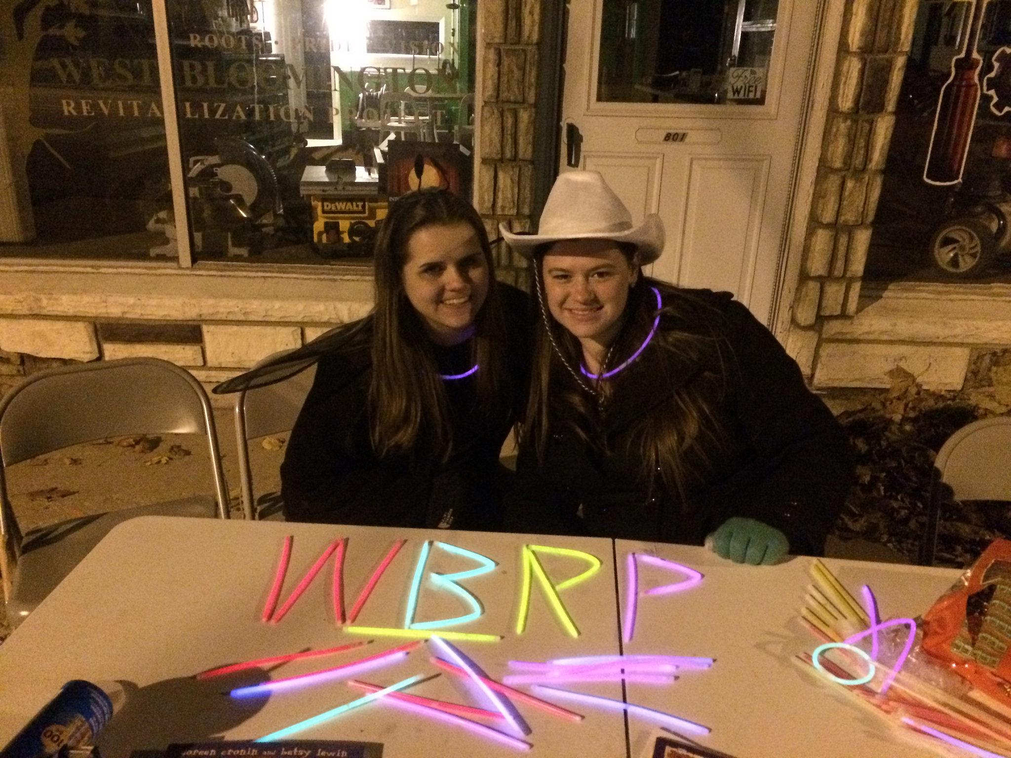 Kelli Sloan '15 and Jenna Noland '16