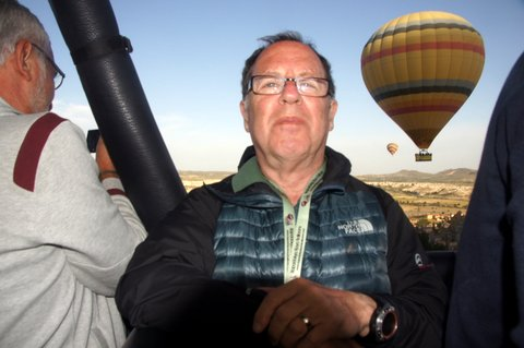 My mouth is closed in the balloon, proving it wasn't powered by my hot air!